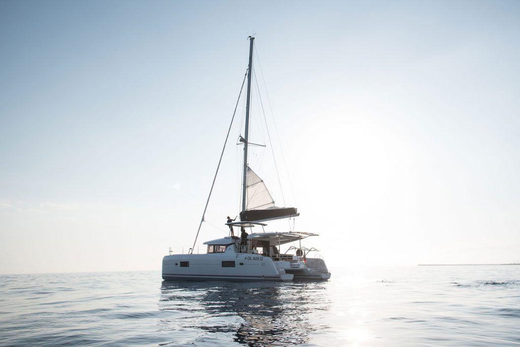 Maddalena catamarano