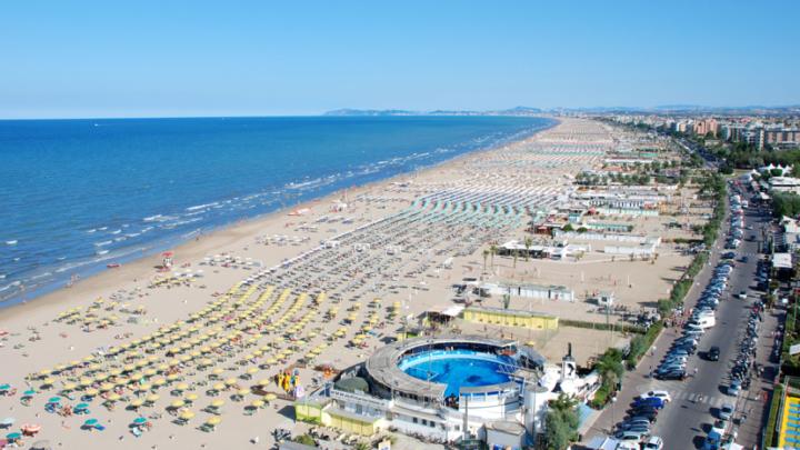 RIMINI: la tua estate in spiaggia